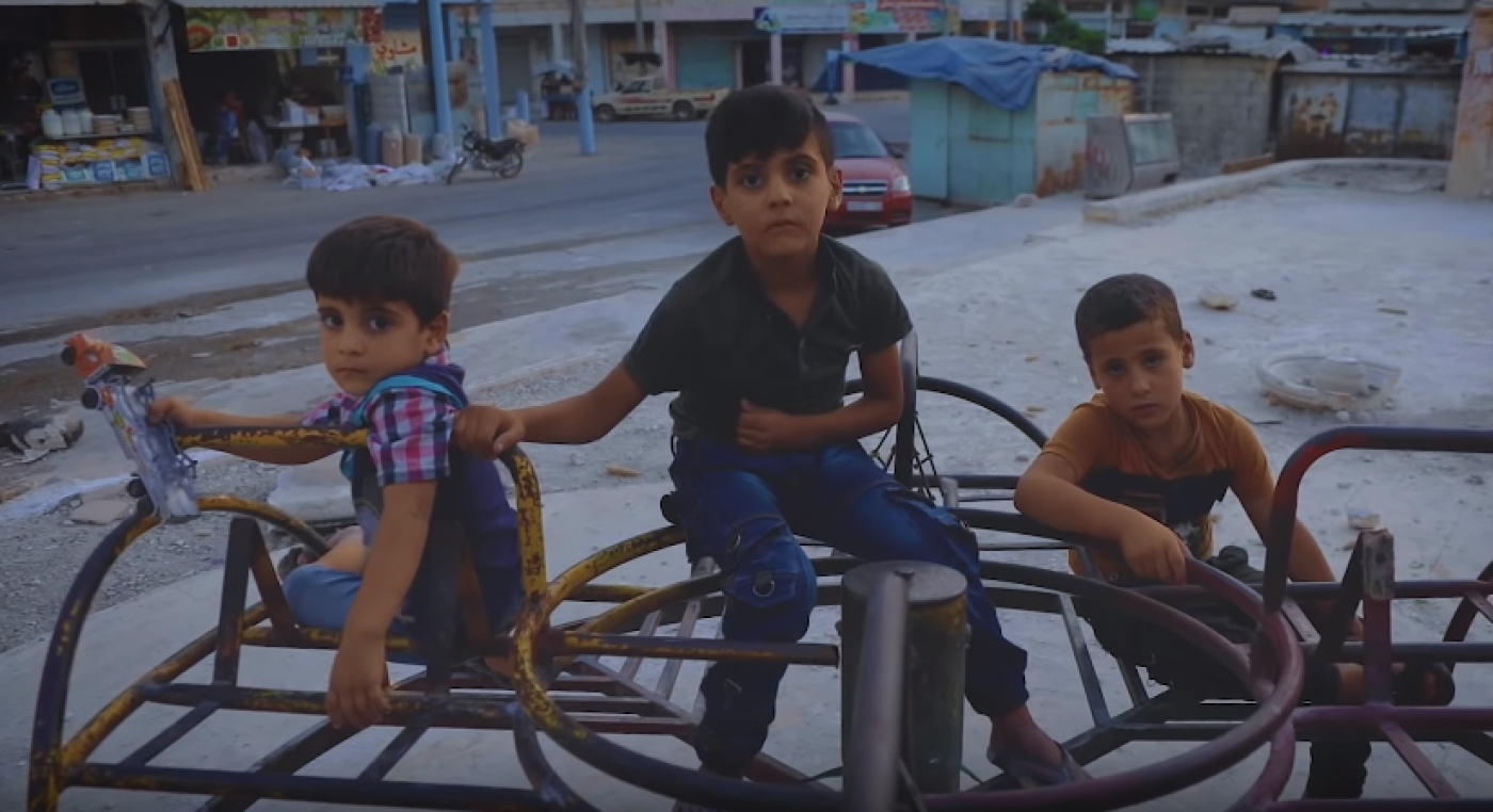 Children in the Idlib music video
