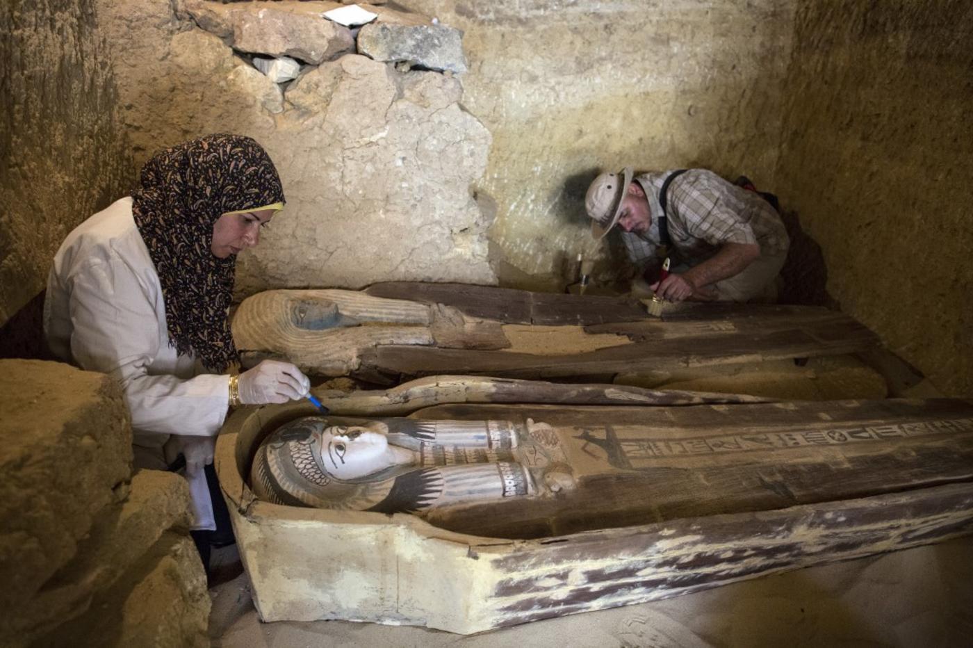 14 ancient tombs discovered at Saqqara