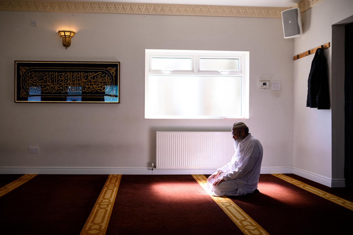 Covid-19: Britain's Muslims in the eye of the pandemic storm once again | Middle East Eye