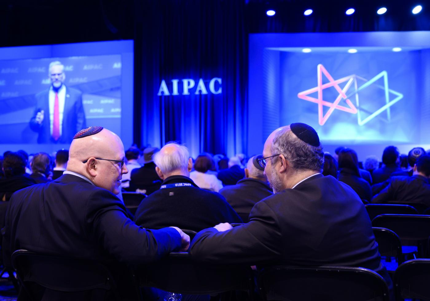 House Majority Leader Steny Hoyer Takes Jab at Omar in AIPAC Speech