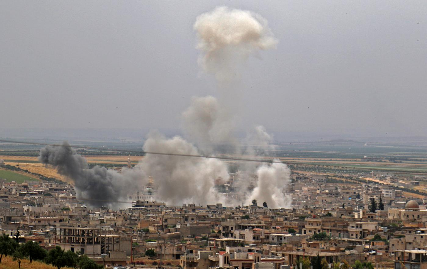 Deadly new air strikes as Syria army battles jihadists