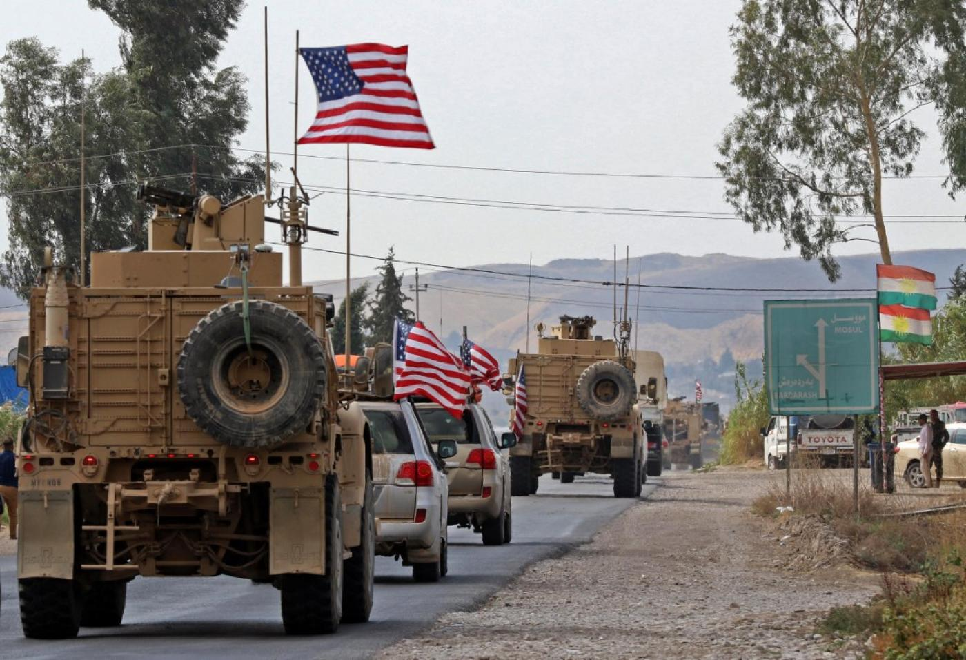 A convoy of US military vehicles arrives in Iraq