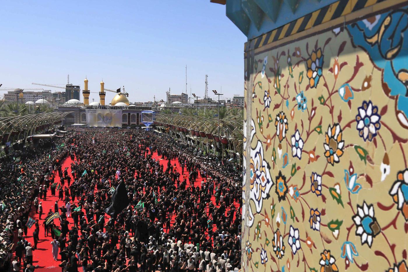 Iraqi pilgrims die in stampede during Ashoura