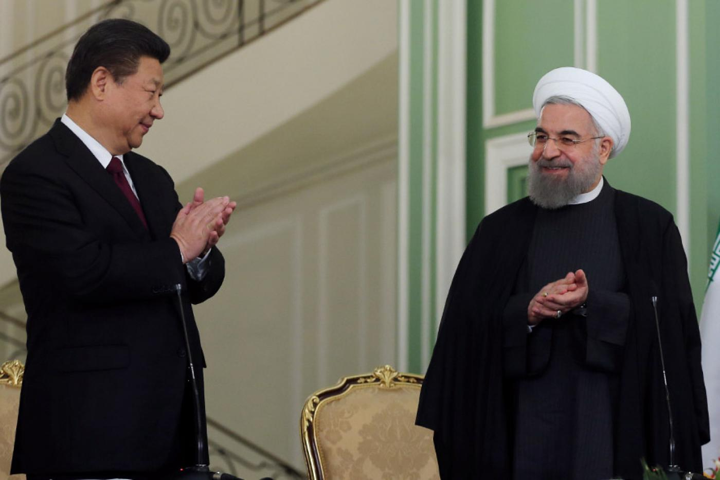 Iranian President Hassan Rouhani and his Chinese counterpart Xi Xinping meet during a joint press conference in Tehran in 2016.
