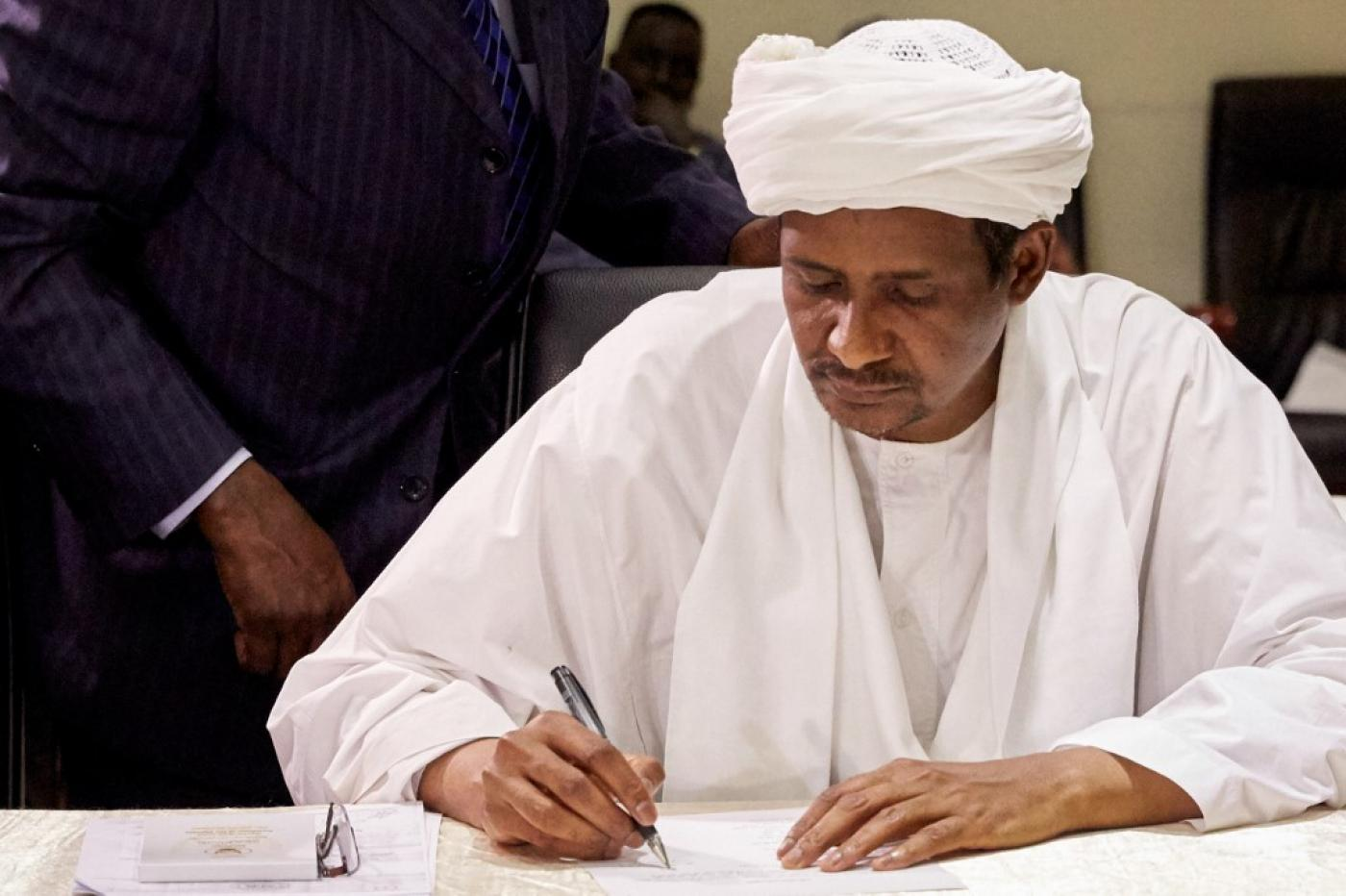 Sudanese govt signs long-awaited peace deal with armed groups