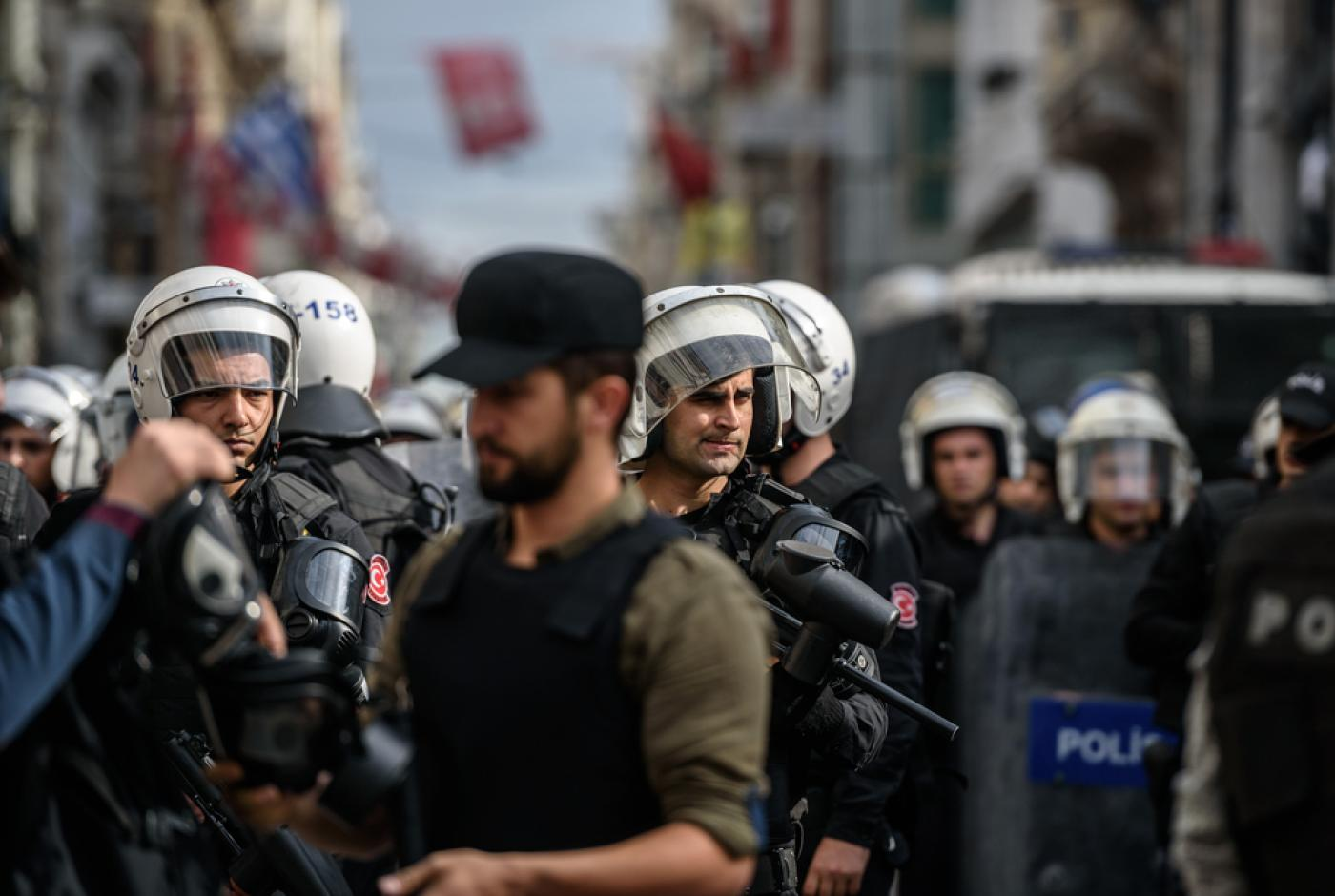 Clashes in Turkey over Kurd mayors arrested for 'terrorism
