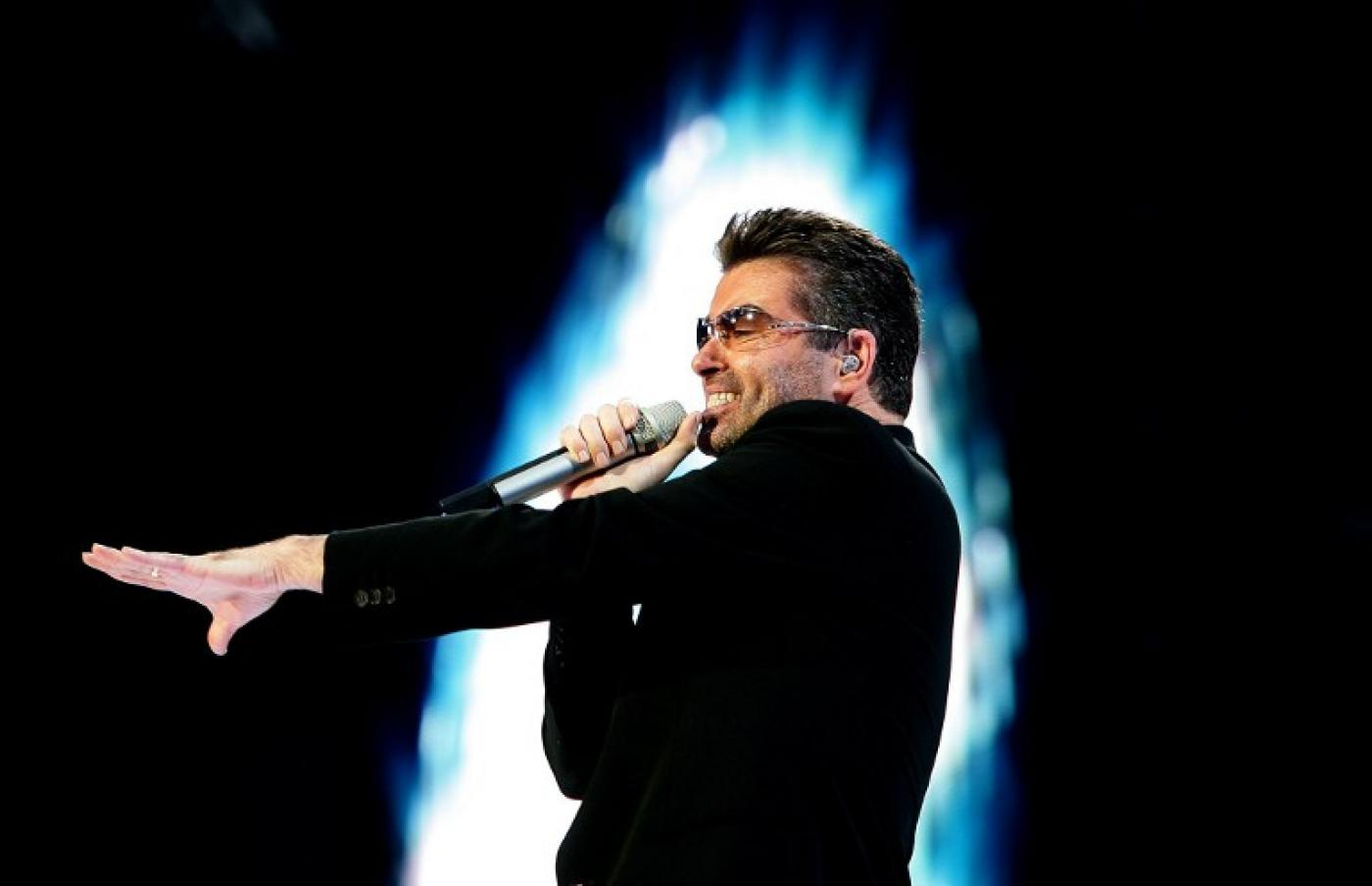 Arab world reacts to death of singer George Michael at 53
