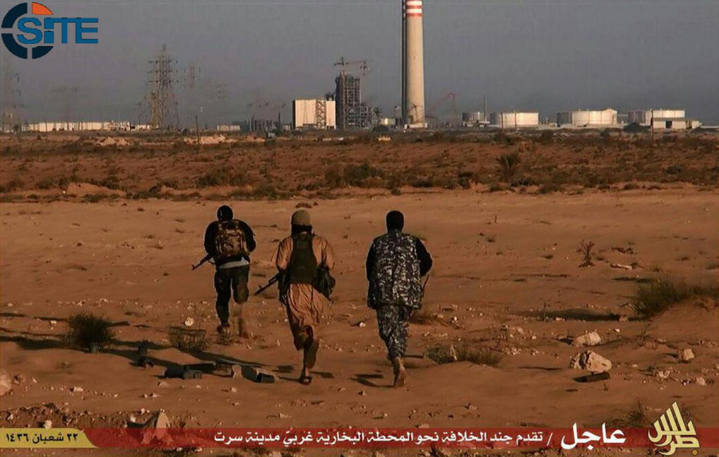 IS presses assault on key Libya oil region | Middle East Eye
