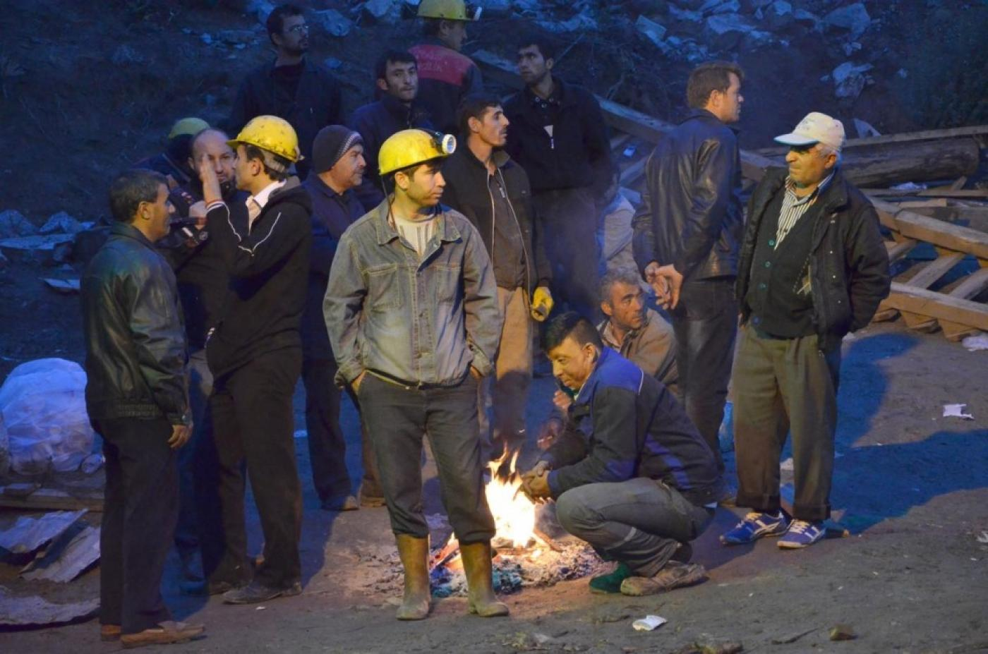 Turkey: 18 miners remain trapped inside flooded mine