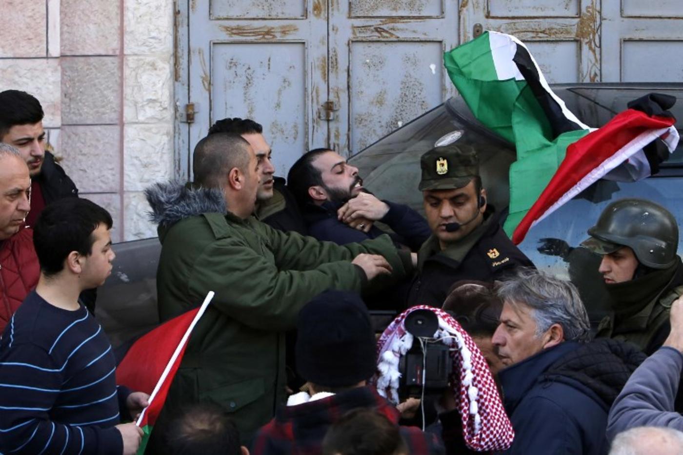 When Is Greek Orthodox Christmas.Palestinians Mark Orthodox Christmas Amid Boycott Calls