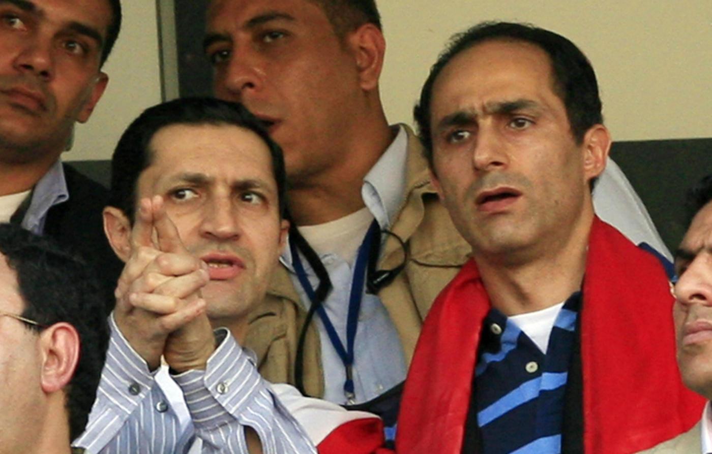 egypt court orders arrest of mubarak s sons over stock market
