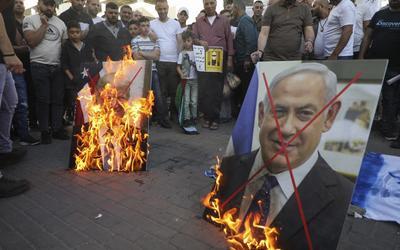 AB Filistinlilere İsrail tarafından toplanan vergi gelirlerini kabul edin veya yardımları kaybedin 2