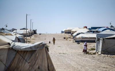 Kanadalı yetim Suriye'nin El Hol kampından 'eve dönerken' 2