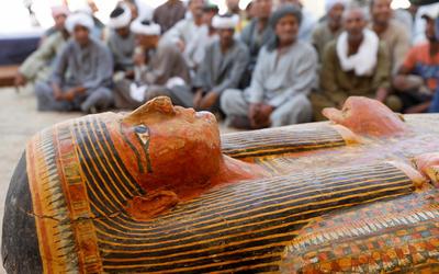 Mısır, Saqqara'da 14 eski tabut keşfetti 2