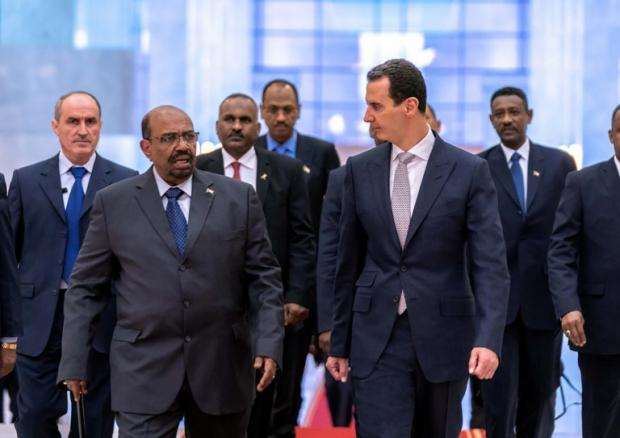 Sudan's Bashir visits Damascus to meet Bashar al Assad