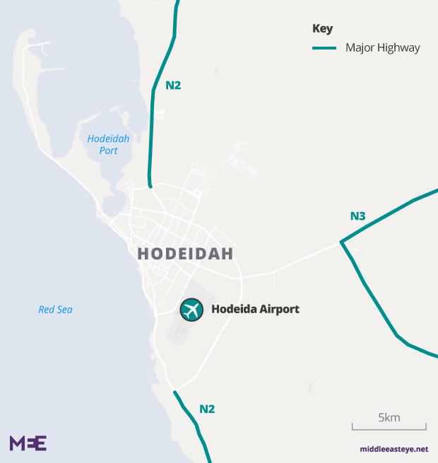 Battle for Yemen's biggest port under way