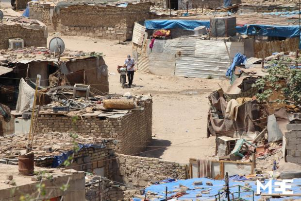 poverty in iraq grows as budgets squeezed by war with is