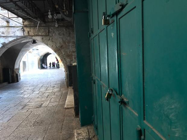 Israel removes metal detectors from Jerusalem holy site
