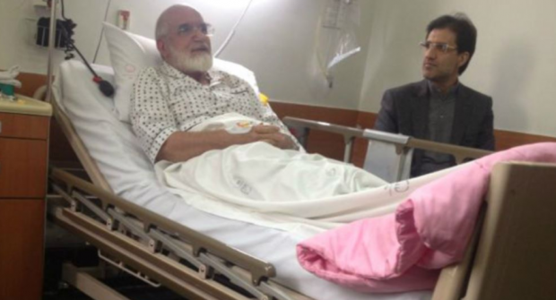 Mehdi Karroubi: Iran opposition leader taken to hospital after hunger strike