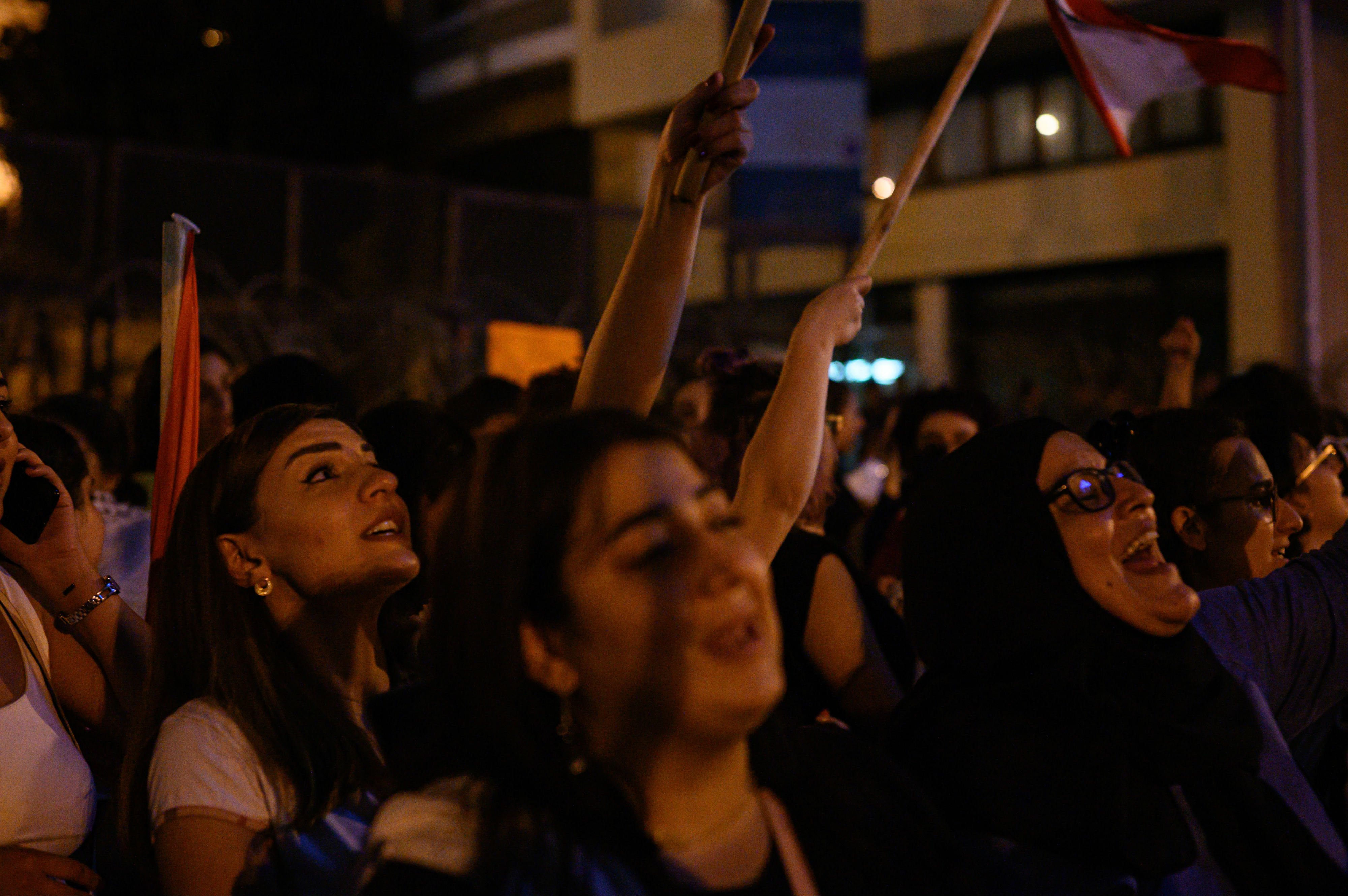 Women in the frontline in Riad al Solh on day four of the protests (MEE/Finbar Anderson)